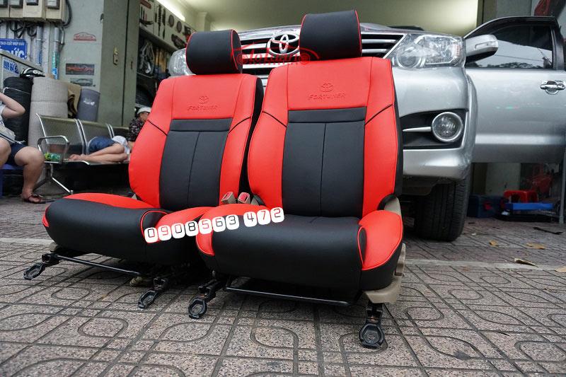 Bọc ghế da Fortuner 2012 đỏ đen