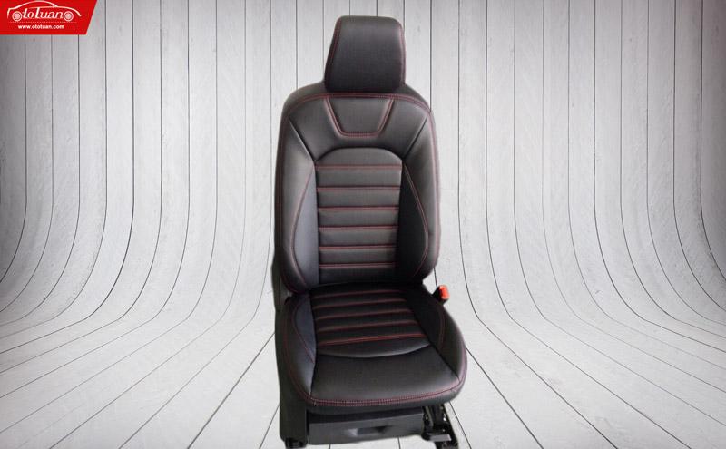 ghế da ô tô đen chỉ đỏ