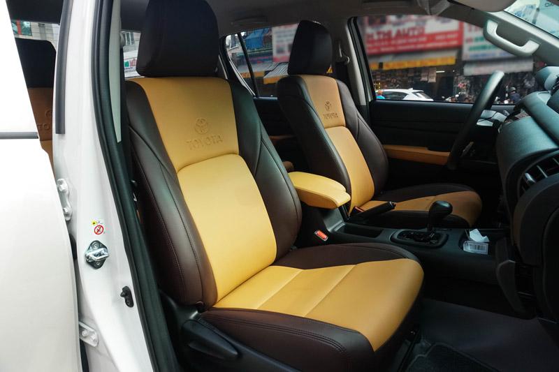 Bọc ghế da xe Toyota Hilux