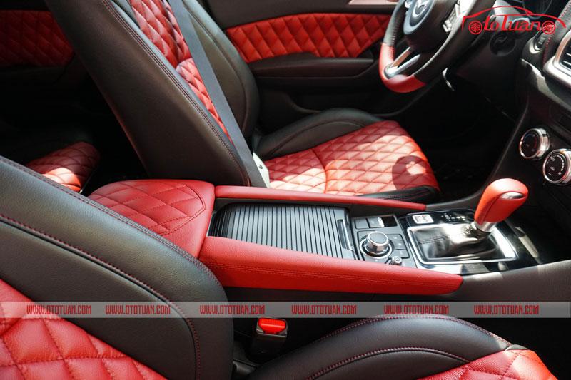 Bọc bệ tỳ tay xe Mazda 3