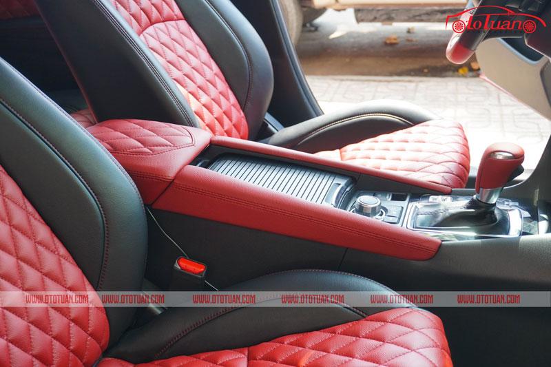 Bọc da bệ tỳ tay xe Mazda 3